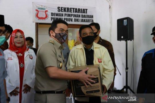 Wagub DKI salurkan bansos untuk pekerja seni di Jakarta Selatan