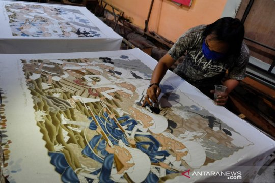 Batik tulis Laweyan bertema kemerdekaan