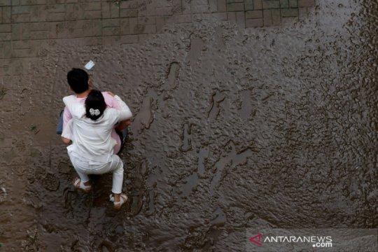 COVID-19 persulit respons banjir Korsel saat ratusan orang mengungsi