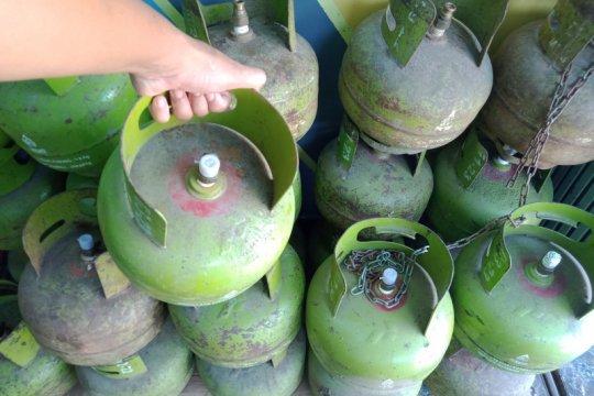 Polisi ringkus maling tabung gas di sebuah warung di Grogol Petamburan