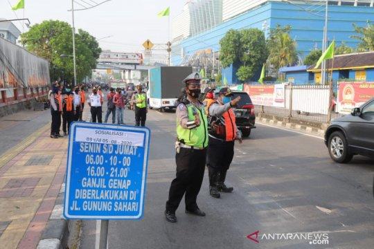 Pemberlakuan ganjil-genap akibat kepadatan lalu lintas saat PSBB