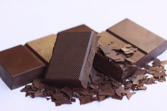 Cokelat bagus untuk pembuluh darah jantung, tapi ada syaratnya