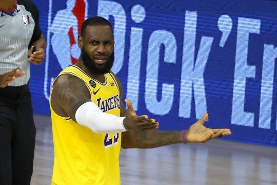 LeBron James jamin NBA tak sedih karena tak ditonton Donald Trump