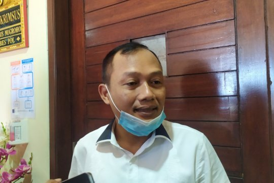 Polda Bali bekuk seorang pria yang mengaku pejabat Polri untuk menipu