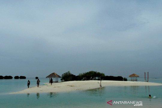 Pemkab Kepulauan Seribu ungkap warga inginkan tiket kapal terjangkau