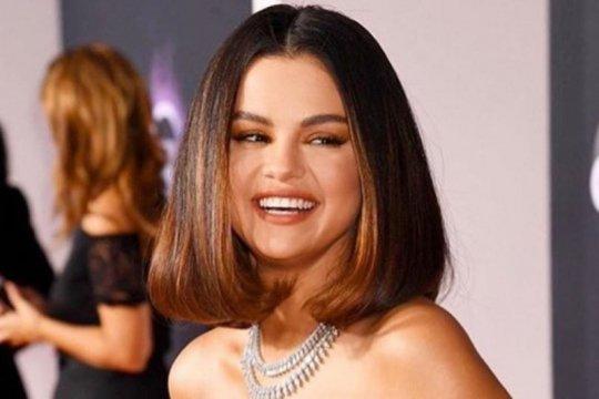 Selena Gomez keluhkan ujaran kebencian di media sosial pada Zuckerberg
