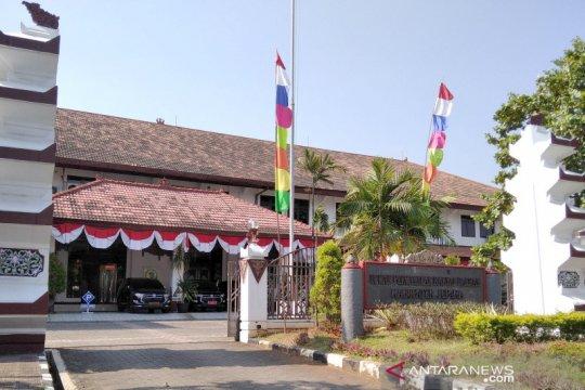 Tujuh orang positif COVID-19, DPRD Jepara-Jateng ditutup sementara