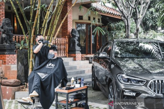 """GroominX Concierge"", test drive dan cukur rambut bareng BMW"