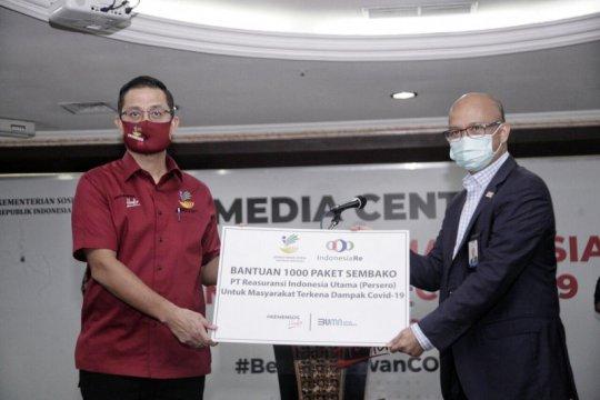 BUMN untuk Indonesia: Indonesia Re salurkan bantuan sembako melalui Kemensos