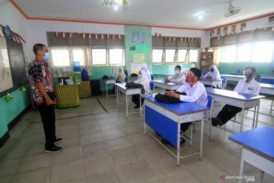 Pontianak kembali tunda pelaksanaan kegiatan belajar di sekolah