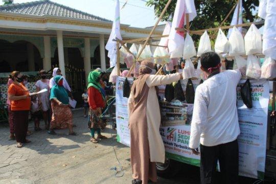 ACT Jatim salurkan 1.000 beras untuk sedekah pangan