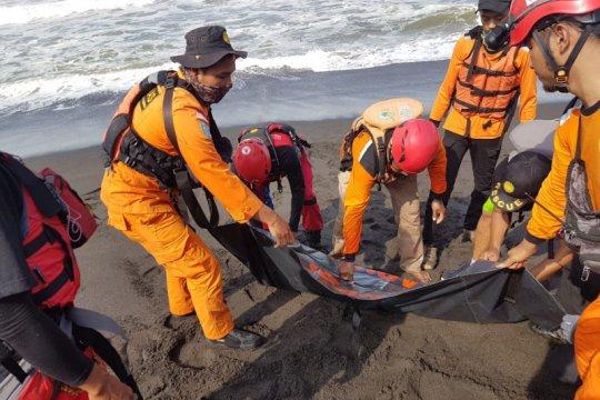 Satu korban kecelakaan laut Pantai Goa Cemara ditemukan