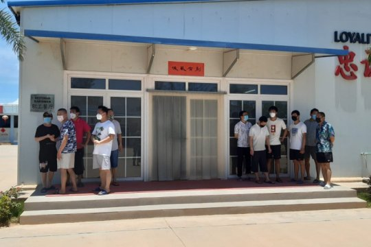Ratusan TKA asal China di PT BAI Bintan jalani tes usap