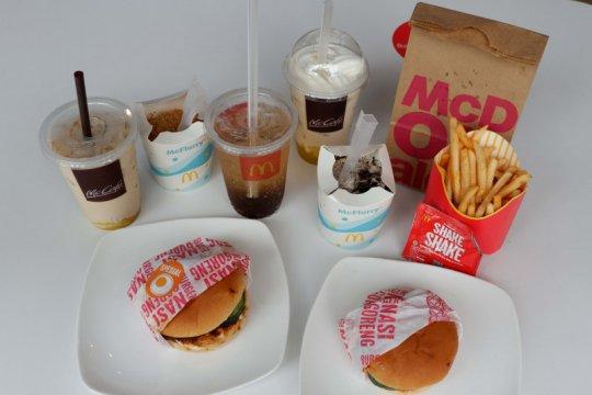 Rasa Indonesia di menu McD, burger nasgor hingga es krim teh botol