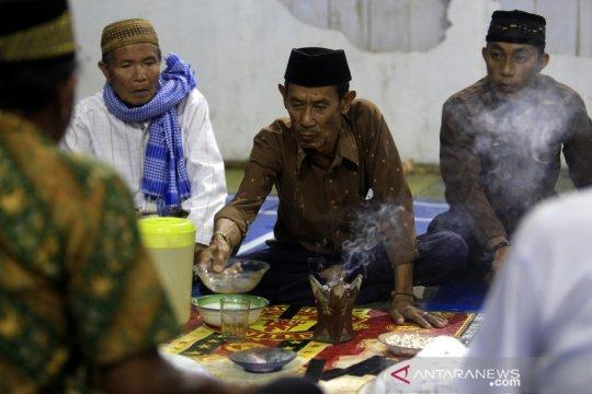 Ritual tolak bala suku Bajo