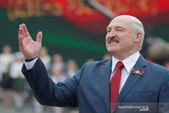 Petahana Lukashenko menang telak pilpres Belarus