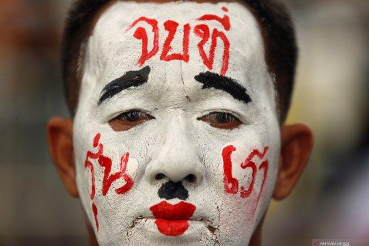 Kepolisian Thailand buru enam aktivis yang mendesak reformasi kerajaan
