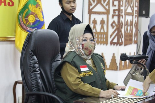 Pejabat publik positif COVID-19 miliki riwayat perjalanan dari Jakarta