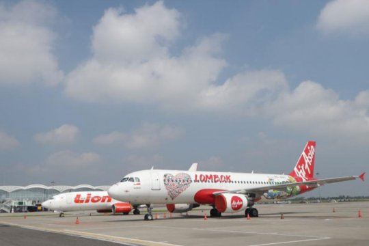 Penerbangan di Bandara Kualanamu tak terganggu erupsi Sinabung