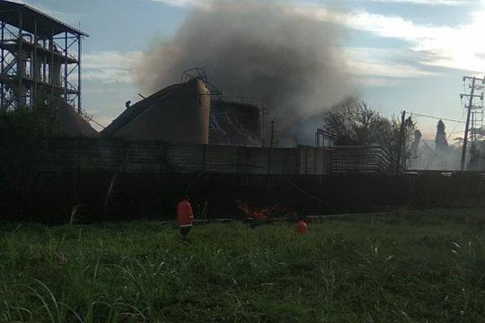 "Pabrik ""bioethanol"" di Mojokerto terbakar"