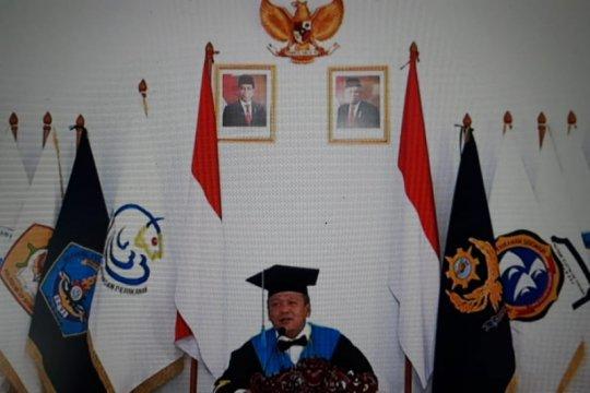 Menteri Edhy janji libatkan lulusan poltek kelautan dalam program KKP