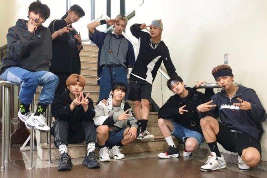 """Stray Kids bersiap untuk """"comeback"""" lewat album baru"""