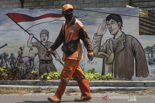 Mural bertema pahlawan