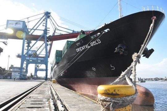 Kapal panjang 160 meter kembali sandar di Pelabuhan Boom Baru
