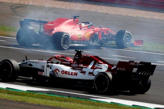Vettel sebut strategi Ferrari tidak masuk akal
