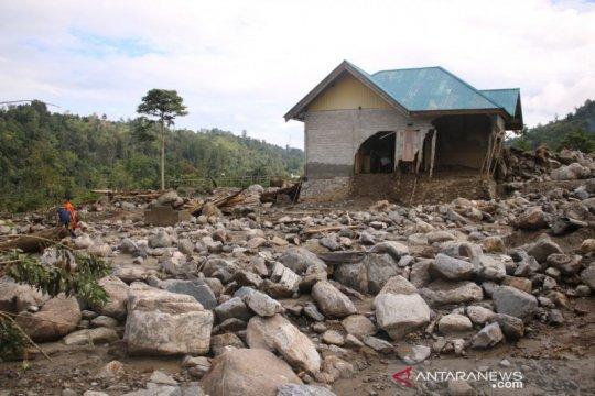 Penyintas banjir bandang Kulawi-Sigi butuh bantuan pangan dan pakain
