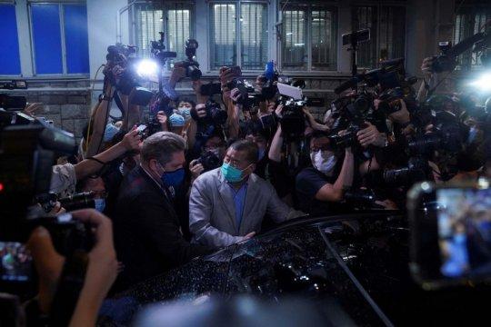 Hong Kong tahan 15 orang terkait harga saham Next Digital
