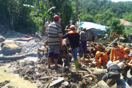 Korban banjir bandang di Kulawi-Sulteng masih bertahan di pengungsian