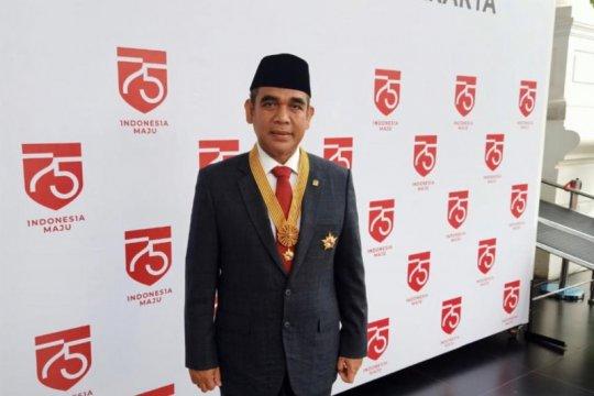Wakil Ketua MPR terima penghargaan Bintang Jasa Utama