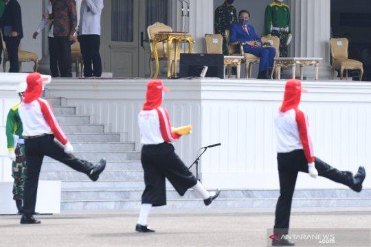 Presiden kukuhkan delapan anggota Paskibraka Nasional 2020