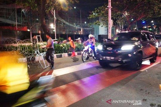 Jalan Gerbang Pemuda kembali dapat dilewati kendaraan