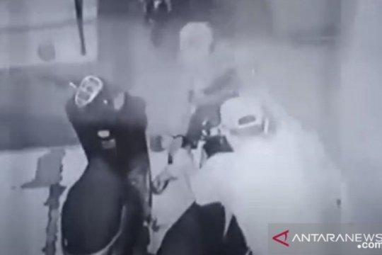 Polisi tangkap pria di Medan yang curi motor demi anak belajar daring