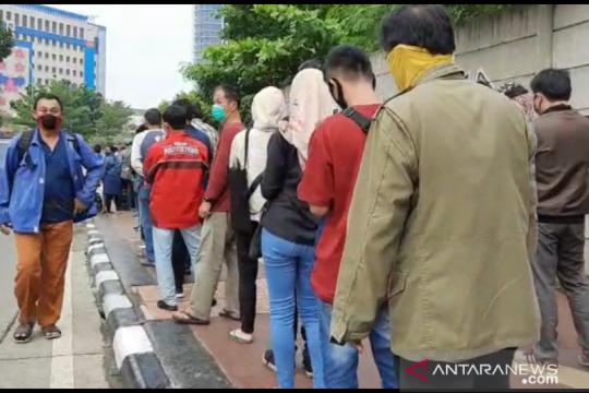 11 ribu warga antre urus tilang di Kejaksaan Negeri Jakarta Barat