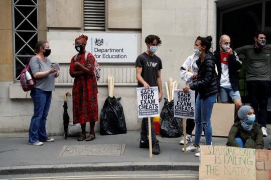 Menkeu Inggris sebut prioritaskan lapangan kerja, bukan kenaikan pajak