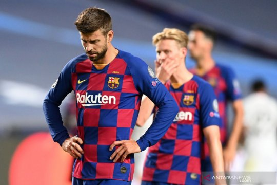 Usai dibantai Munchen, Pique serukan perubahan radikal di Barcelona