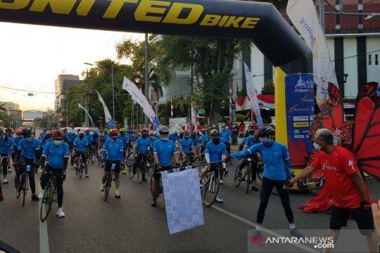 Gubernur Ganjar Pranowo lepas 50 dokter jalani Tour de Borobudur 2020