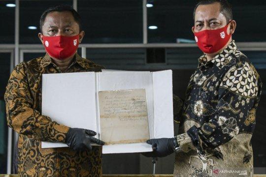 Naskah asli proklamasi tulisan Soekarno akan ditampilkan di Istana