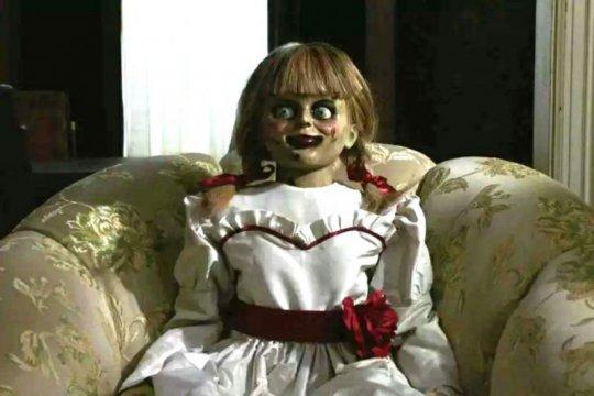 Kemarin, hoaks boneka Annabelle hingga stiker 17an Instagram-Snapchat
