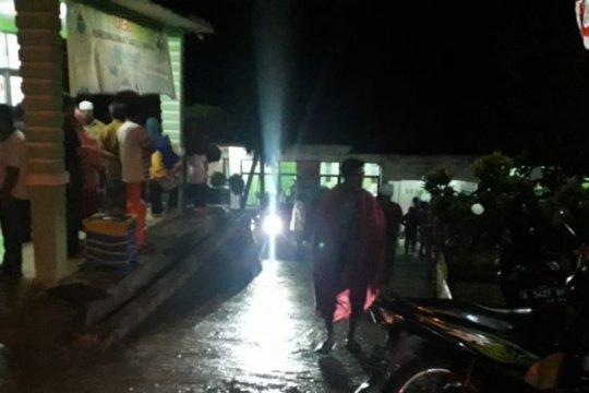 Puluhan warga Lebak tersambar petir