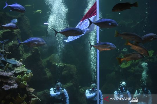 Upacara HUT Kemerdekaan RI di Sea World Ancol