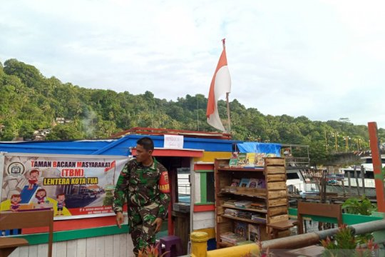Prajurit TNI bangun TBM giatkan wisata literasi Kota Tua Padang