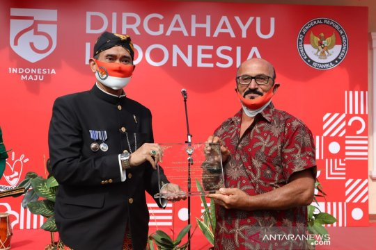 HUT ke-75 RI, KJRI Istanbul beri anugerah Friends of Indonesia