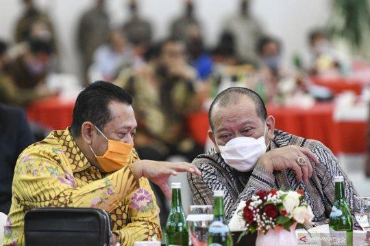 Ketua MPR cermati banyaknya guru terpapar COVID-19 di Surabaya