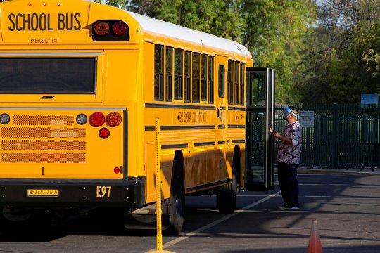 CDC akan keluarkan pedoman baru COVID-19 tentang sekolah