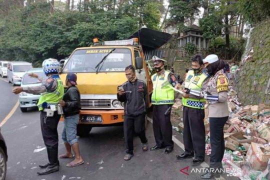 2 orang sopir truk meninggal di jalur tengkorak Cianjur