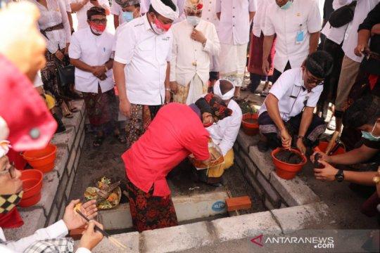Gubernur Bali letakan batu pertama pasar modern Gianyar